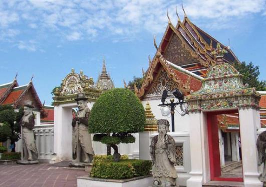 тайский монастырь Ват По