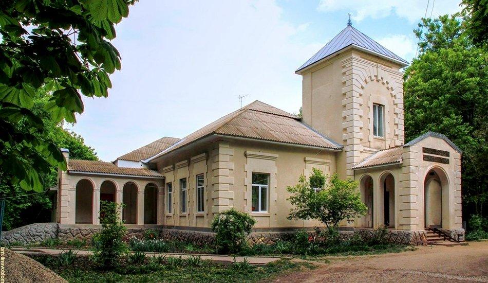 усадьба и парк в селе Павловка