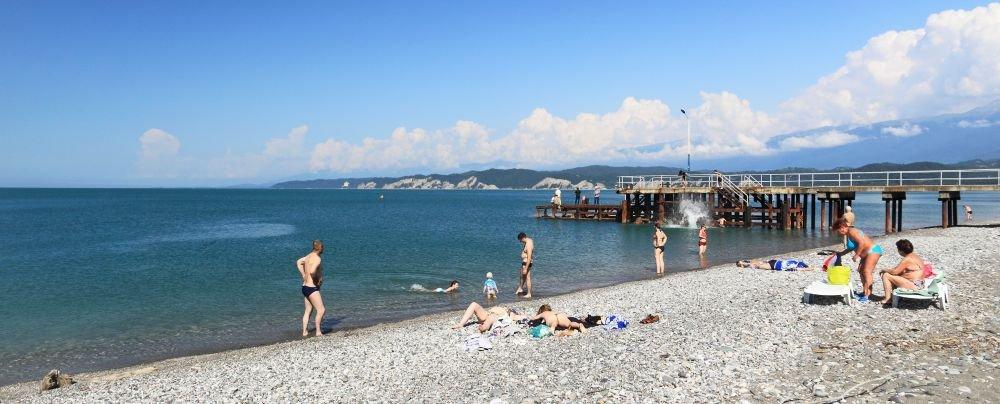море в Абхазии в первой половине октября