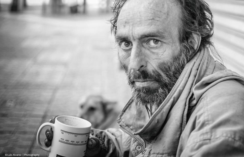 бездомный в Испании