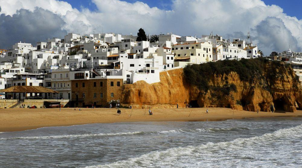 курорты Португалии осенью