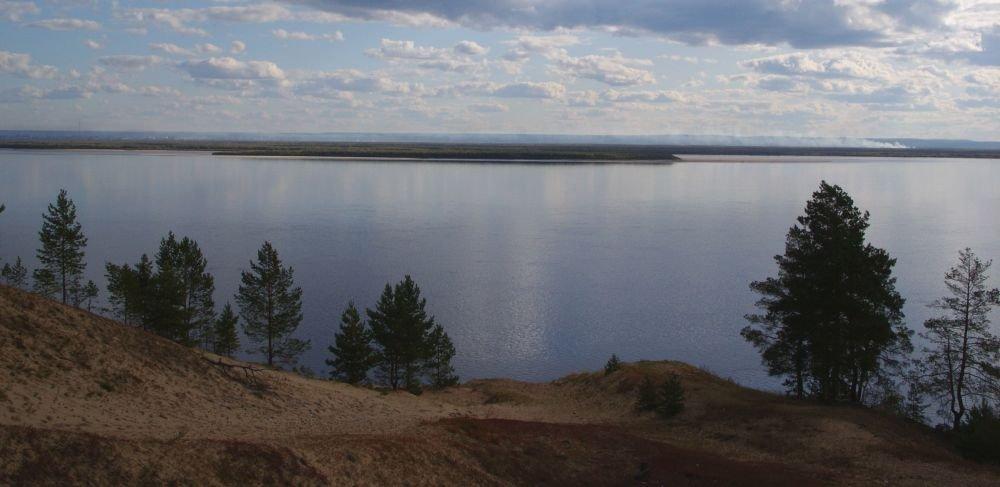 река Лена с высокого берега