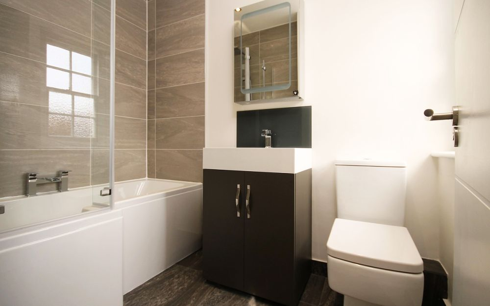 Способы устранения неприятного запаха в туалете