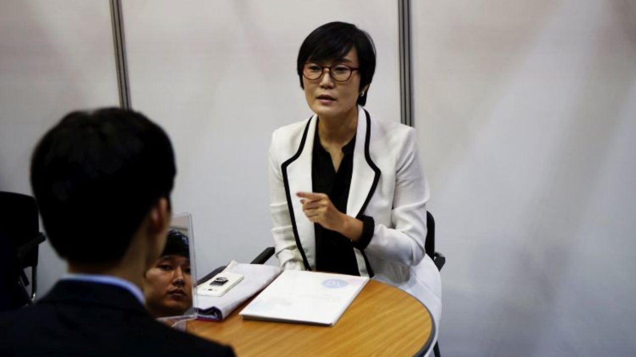 Работа в японии моделям работа в уфе 18 лет девушке