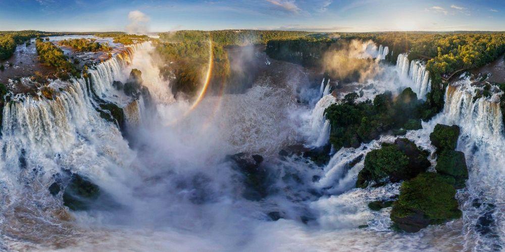 водопады Игуасу в Бразилии
